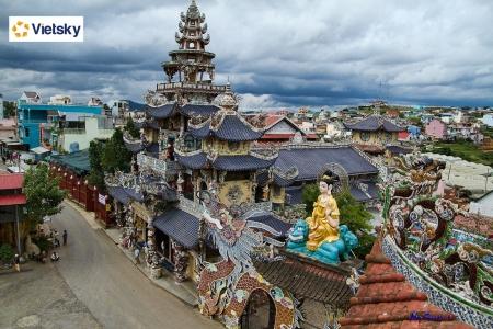 Du lịch Đà Lạt: Chùa Linh Phước