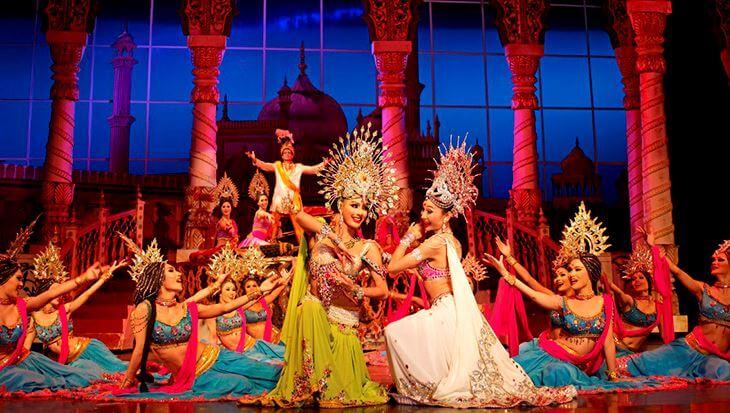 Giá vé xem Tiffany show ở Pattaya