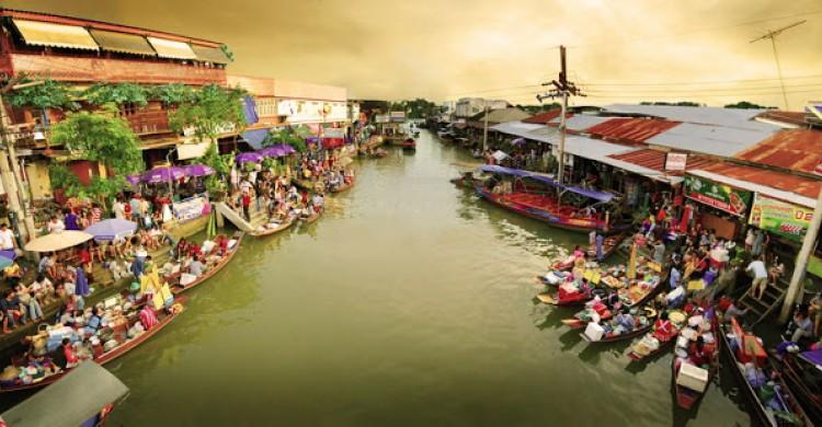 chợ nổi gần Bangkok nhất