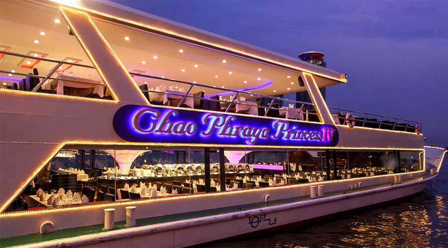 Ăn tối trên du thuyền trên sông Chao Phraya
