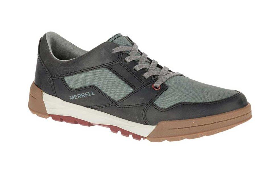 Du lịch Sapa nên mang giày gì?