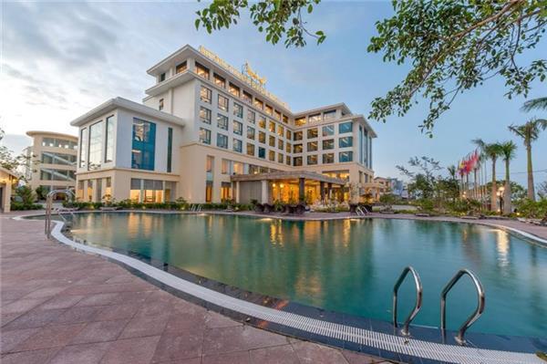 khách sạn ở quảng bình gần biển nhật lệ